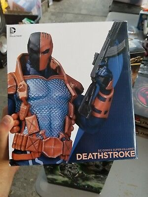DEATHSTROKE: DC Comics Super Villains Bust DC Collectibles  -FREE S/H!