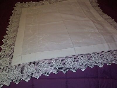 """Gorgious Bow Design Finely Embroidered Irish Linen Crochet Lace  Tablecloth 44"""""""
