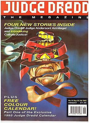 Judge Dredd Megazine #10 VG (4.0) 1992 with Calendar