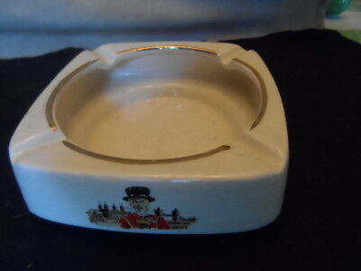~~~~Lqqk~~~ Beefeater Gin Liquor Wade England Rounded Square Ceramic Ashtray