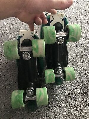 Ventro Pro Turbo Quad Roller Skates, Bauer Style -  Green And White