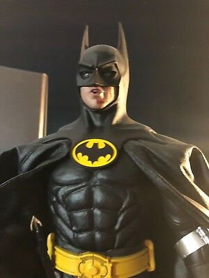 Hot Toys 12 inches   BATMAN 09 DX