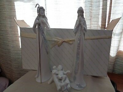 AppleTree Designs Porcelain Holy Family Nativity Figurines In Original Box