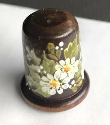 Vintage Wood Thimble with hand painted DAISIES  🌸 by Shaila Kaiser