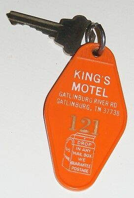 Vintage King's Motel Gatlinburg Tennessee Orange Plastic Fob & Room Key Smoky Mt