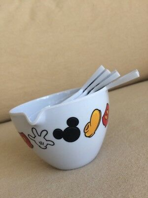Disney Mickey Mouse 4 Piece Measuring Cups
