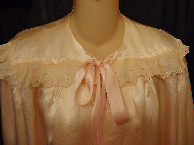 Vtg 40s Pale-Peach Satin Ruffled Embroidered Eyelet Trim Tie-Front Bed Jacket-M