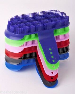 Harlequin Large Plastic Curry Comb Brush Grooming Assorted Colours Stable