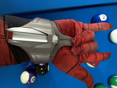 Avengers 3 iron spiderman Web Shooter with 1 pairs spiderman gloves props