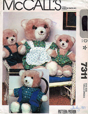 Crafts - Bears - Sewing - McCalls 7311 - Bear Family