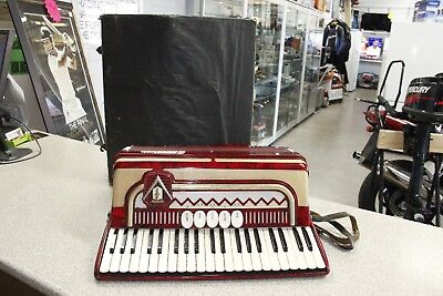 Frontalini 120 Bass Piano Accordion