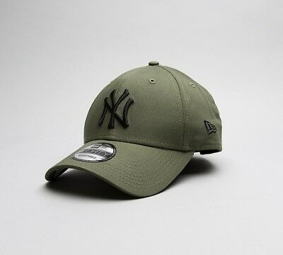 Mens New Era MLB League Essential 940 New York Olive Cap
