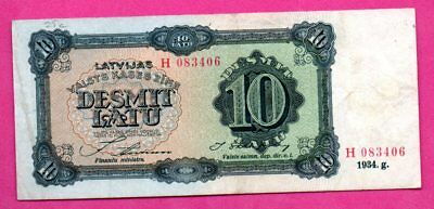 LATVIA LETTLAND 10 LATU 1934 P. 10c WOMAN IN NATIONAL COSTUME VF 37