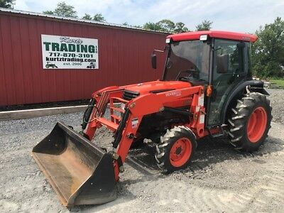 2007 Kubota L3430HSTC Compact Tractor with Cab and Loader!!