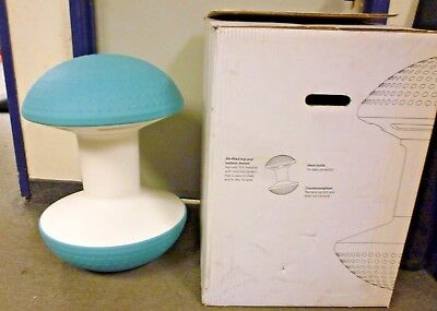 Ballo - Multipurpose Office Stool by Humanscale Sky Blue , store display