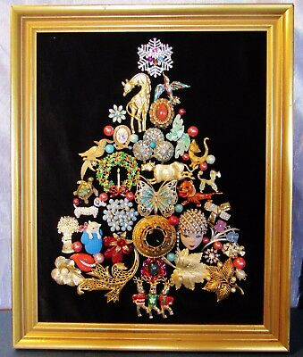 Vintage Jewelry Christmas Tree One Of A Kind Animals Framed 16 X 13