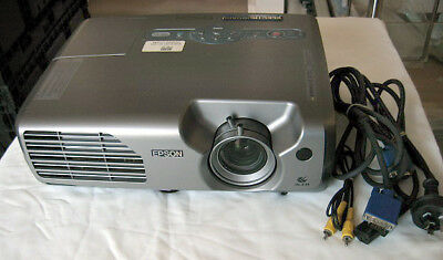 Epson EMP-821 Professional Movie Video PC Multimedia Projector 2600 ANSI USB
