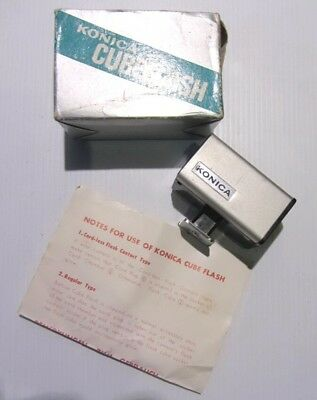 Vintage CAMERA CUBEFLASH KONICA BRAND IN BOX  - Good Condition