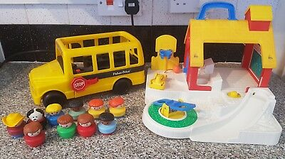 VINTAGE 90S FISHER Price School and School Bus with Characters ...