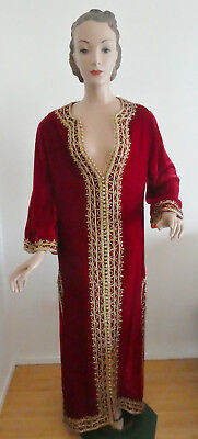 Vintage Moroccan Wedding Caftan 1970s Red Velvet with Gold Metallic Thread