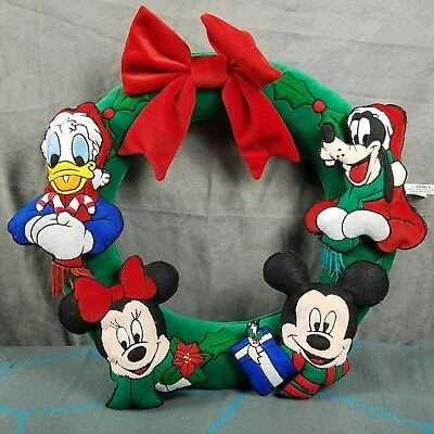 Disney Christmas Plush Wreath Mickey Minnie Goofy Donald Holiday
