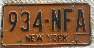 NY New York License Plate - Vintage Yellow No Date 934-NFA Mancave! Collectible!