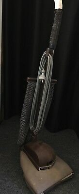 Vintage Hoover 262 upright 1945 vacuum cleaner. Bakelite Art Deco styling.