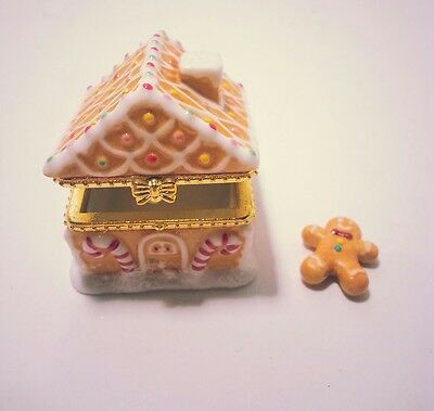 Christmas Clearance Home Sweet Home Ginger Bread House Porcelain Collectible