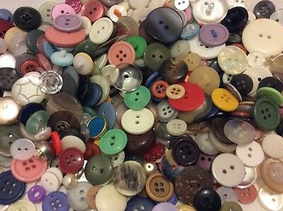 Vintage Button Bulk Lot Large Small & Mixed Men's Women's Buttons