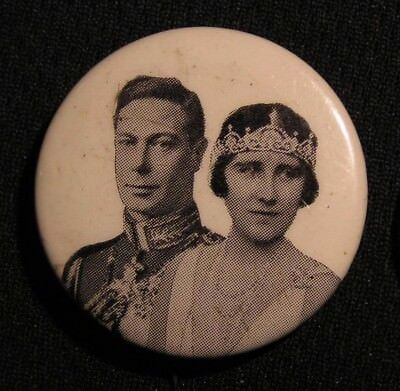 """VINTAGE KING GEORGE VI & QUEEN ELIZABETH """"THE QUEEN MOTHER"""" PIN - Canadian Made"""