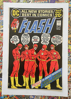 The Flash #217 - Sept 1972 - Green Lantern/arrow - Adams Art! - Vfn (8.0) Cents!