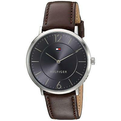 Tommy Hilfiger Sophisticated sport Herren-Armbanduhr 40mm Braun Quarz 1710352