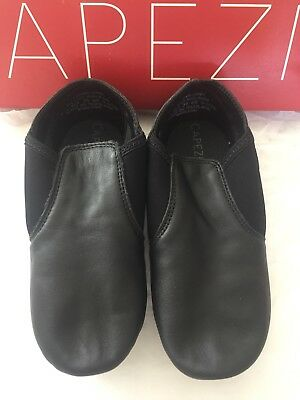 Capezio Jazz Shoes Split Sole - Size 3.5M