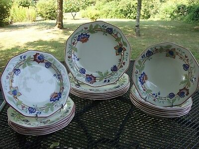 "18 ASSIETTES ""CHURCHILL"" Staffordshire - England -"