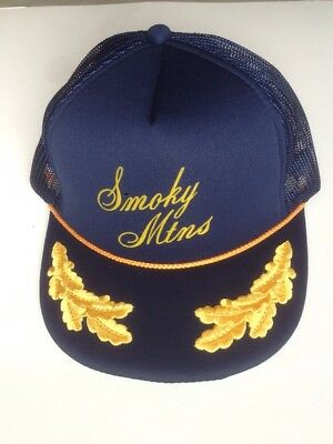 Vintage Smoky Mountains Trucker Hat Mesh Snapback Cap Gold Leaves Rope  Tennessee e41439781475