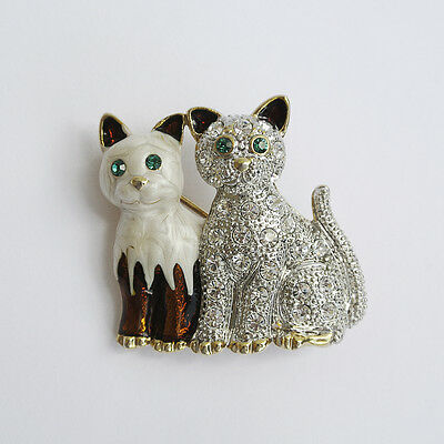 Cute Pair of Cats Kittens Rhinestones & Enamel Pin Brooch Goldtone EXCELLENT!