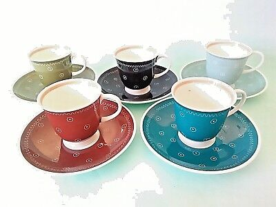 Vintage SUSIE COOPER Coffee / Tea Cups and Saucers x 5