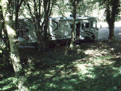 LAND IN FRANCE... PARK YOUR MOTORHOME or RV