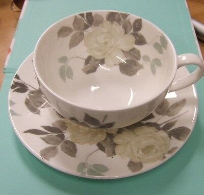 Laura Ashley Large Cup & Saucer grey rose china pattern - Lot 4