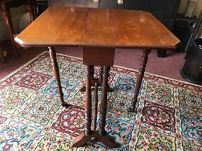Small Walnut Edwardian Sutherland Side Table / Coffee Table Circa 1910 in VGC