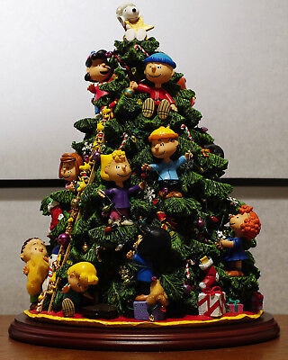 Peanuts Christmas Tree.Danbury Mint Peanuts Christmas Tree Snoopy In Original Box Container