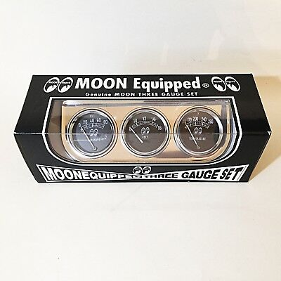 Mooneyes Classic 3 Gauge Set with Panel