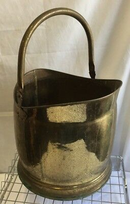 Antique, Vintage Large Brass Coal Scuttle, Very Attractive Piece Made In England