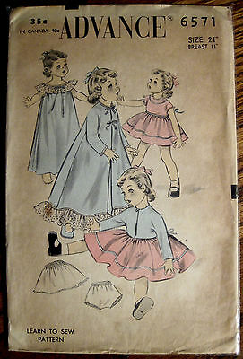 """Vintage Advance Doll Clothes Pattern for Dolls Size 21"""" Tall 11"""" Breast"""