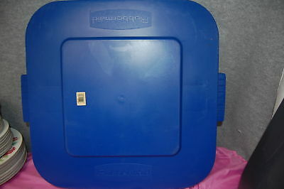 1-Set of 2 / Rubbermaid #3527 Trash Can Replacement LIDS (Blue) (#M3898-B)