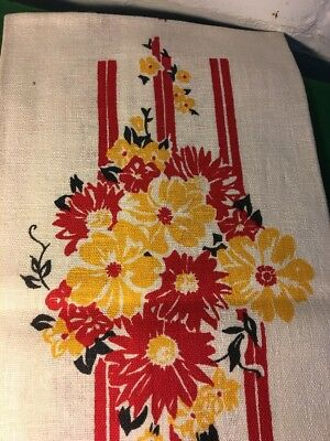 Vintage Kitchen Towel With Floral Design Linen And Cotton Blend Retro 1950's