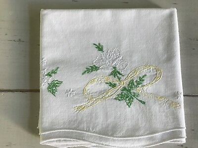 Lovely Vintage White Roses And Soft Yellow Ribbons Embroidered Pillowcase