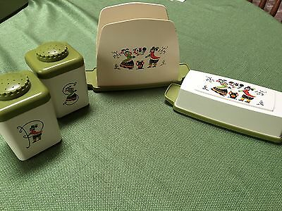 Vtg Sterilite Provincial Tablemates: Napkin Holder, S/P Shakers, Butter Dish