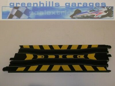 Greenhills Micro Scalextric Chicane Straight 22.5cm - Used - MT122 ##x