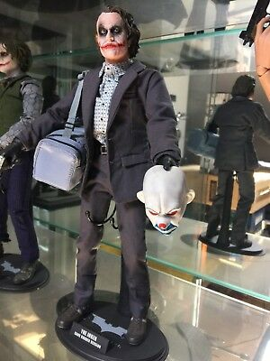 Hot Toys 12 inches Joker Robber Bank version